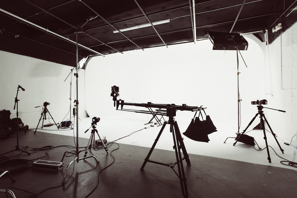 Large Four Corner CYC Wall Photography Studio | M3 Studios