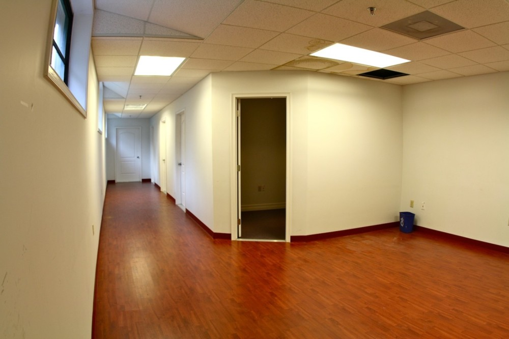 Flex Office Space For Multimedia Companies