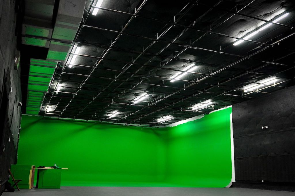 Searching For A Giant Green Screen Studio In Miami